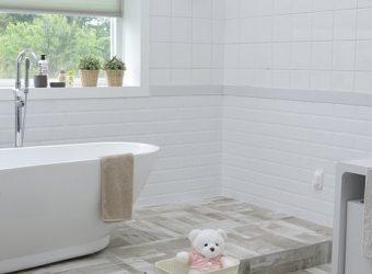 bathroom-1872193__340